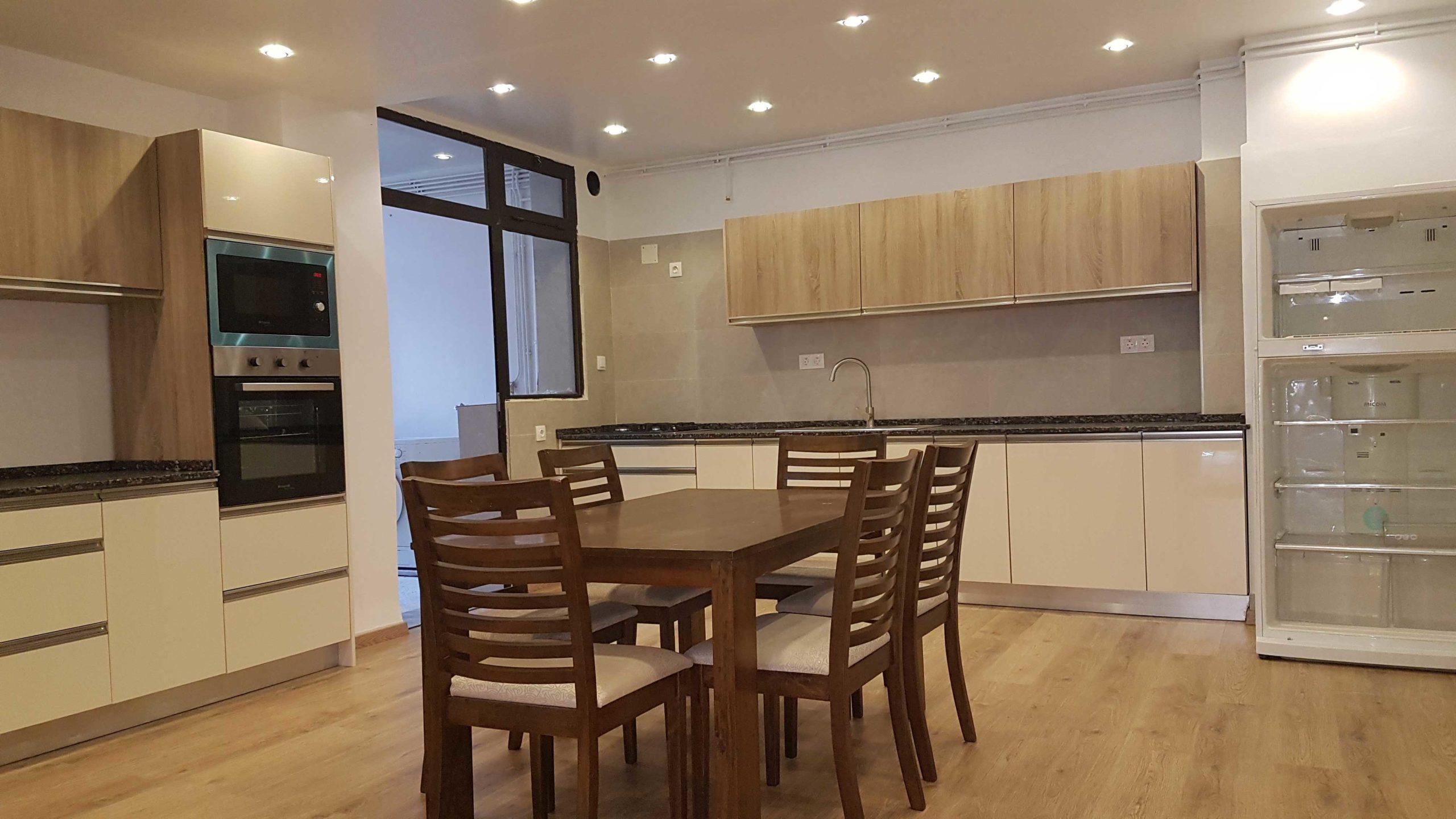 Location Appartement F3+Séjour à Résidence Chabani Alger
